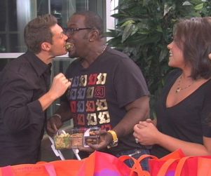American Idol Picture of the Day: Ryan Seacrest and Randy Jackson Show Affection