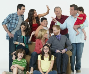 Modern Family Season 2 Preview: Watch Now!