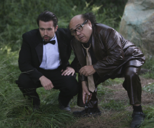 "It's Always Sunny in Philadelphia Review: ""The Gang Gets Stranded in the Woods"""