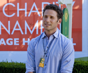 Mark Feuerstein Teases Royal Pains Season Finale