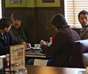 "Supernatural Review: ""Mommy Dearest"""