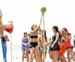 90210 Season Premeire Photos: Whack That Watermelon!