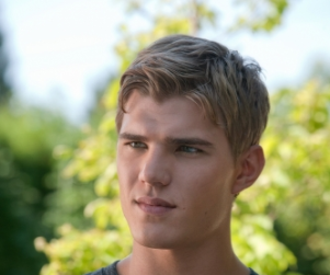 Chris Zylka Promoted to Series Regular on The Secret Circle