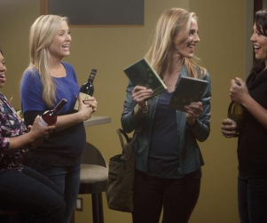 Grey's Anatomy Photo Gallery: It's Ladies Night!