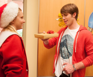 Glee Christmas Photos: First Look!