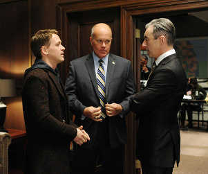 T.R. Knight on The Good Wife: First Look!