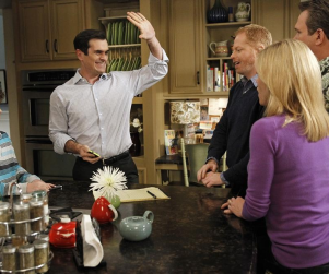Modern Family Review: Flattery