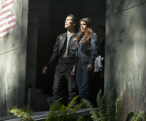 The 100 Review: Not Alone