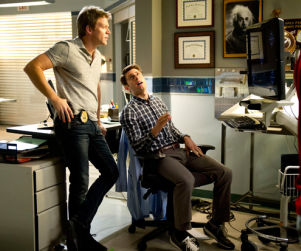 The Glades Review: Doing It For Love