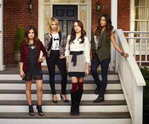 Lucy Hale Previews Pretty Little Liars Season 4, New Guy for Aria
