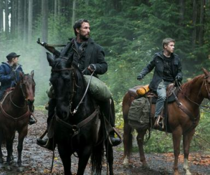 Falling Skies Review: Boston, New York, Chicago, Jacksonville, Oh My!
