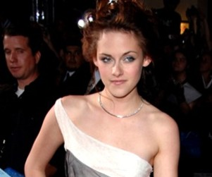 True Blood Star Clamors for Kristen Stewart