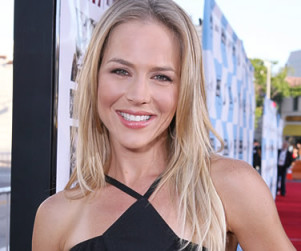Julie Benz to Guest Star on Desperate Housewives