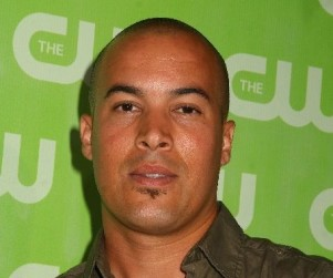 "Coby Bell to ""Shake Up Dynamic"" on Burn Notice"