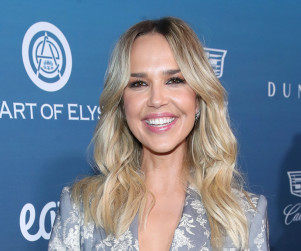 Life Unexpected Casting News: Arielle Kebbel, Amy Price-Francis