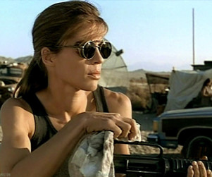 Linda Hamilton to Play Chuck's Mother