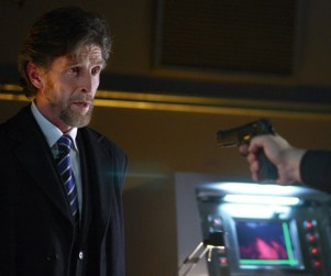 John Glover to Reprise Role on Smallville Season 10