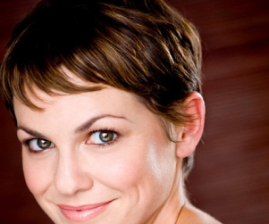 Larisa Oleynik Lands Major Role on Hawaii Five-O