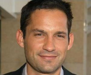 Enrique Murciano Cast as Ray on NCIS