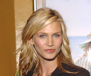 Natasha Henstridge is in on The Secret Circle