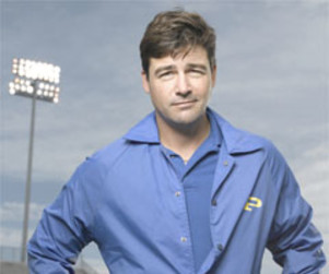 Kyle Chandler, Former Grey's Guest Star, Scores Big On Friday Night Lights