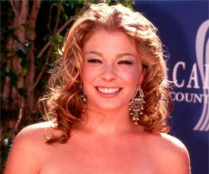 LeAnn Rimes Seconds Faith Hill's Non-Diss of Carrie