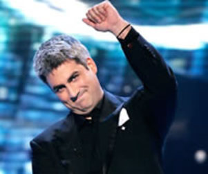 Taylor Hicks Disses American Idol