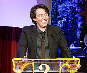 American Idol Picture of the Day: Clay Aiken Takes on Super Fan