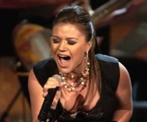 Kelly Clarkson Picks Jordin Sparks to Win American Idol. Or Blake Lewis.