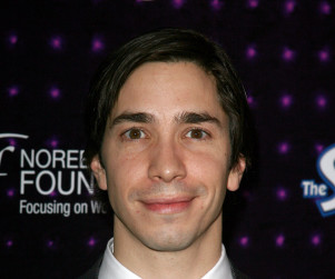 Justin Long to Play a Gunslinger on New Girl