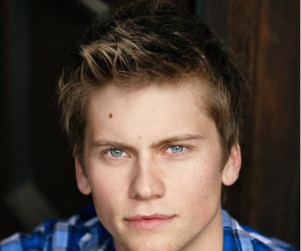 Tim Phillipps to Sail On to The Secret Circle
