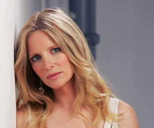 Lauralee Bell to Parody Paula Abdul on Castle