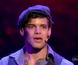 Smash Casts Jeremy Jordan, Star of Newsies, as Series Regular