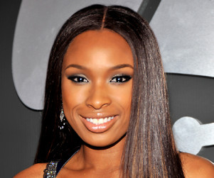Jennifer Hudson Signs on for Smash