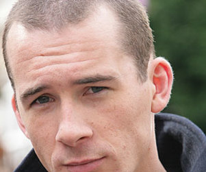 Barry Sloane Cast on Revenge As...