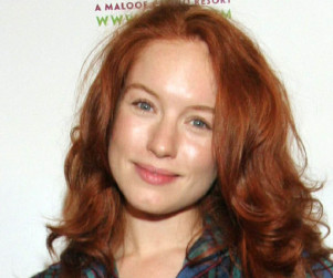 Maria Thayer to Play Nick's Ex on New Girl