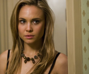 Leah Pipes Cast as Human Lead on The Originals