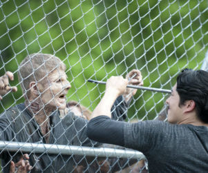 "The Walking Dead Preview: Steven Yeun on The Governor's Return, ""A Really Beautiful"" Season 4"