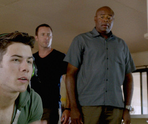 "Nick Jonas Previews Action-Packed Hawaii Five-0 Role: ""It's a Lot Of Fun"""