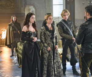 Reign: Watch Season 1 Episode 7 Online