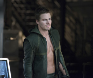 Arrow Review: The Billionaire, The Friend, The Hero