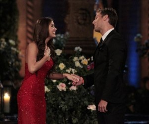 The Bachelor: Watch Season 18 Episode 1 Online