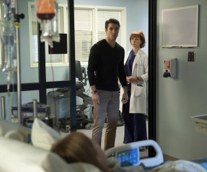 TV Ratings Report: Revenge Rises, The Good Wife Drops