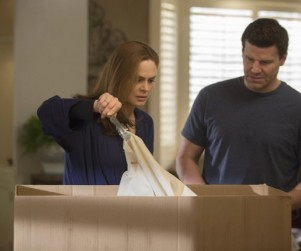 Bones Review: Who's In The Box?