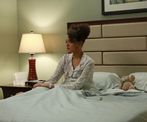 Ravenswood: Watch Season 1 Episode 8 Online