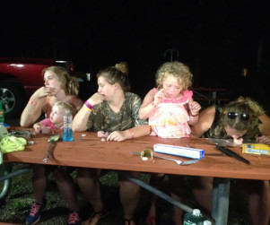 Here Comes Honey Boo Boo Review: Counseling & Camping