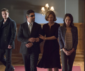 Arrow Interview: Manu Bennett on Slade's Plan for Revenge, Conflicts to Come