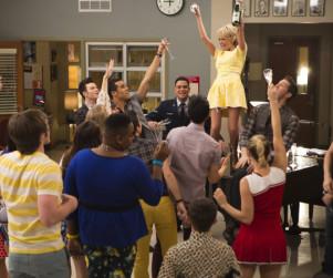 Glee Review: They're Baaaaaaaack!