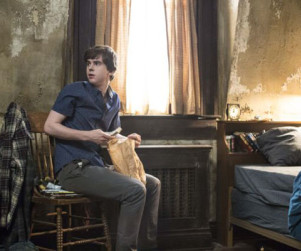 Bates Motel: Renewed for Season 3!