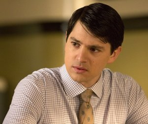 Nicholas D'Agosto Cast as Series Regular on How I Met Your Dad